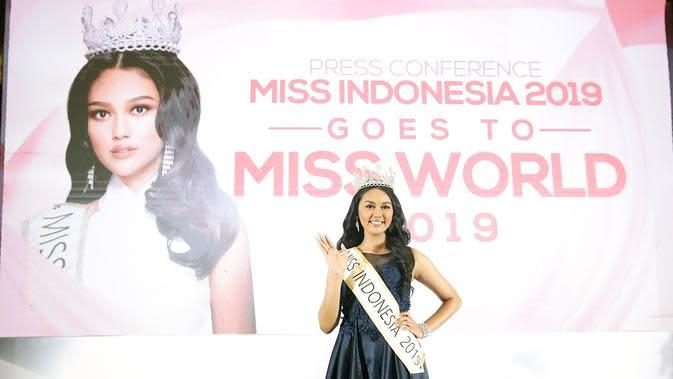 Princess Megonondo, Miss Indonesia 2109 akan ke Miss World 2019 di London (Bambang E Ros/Fimela.com)
