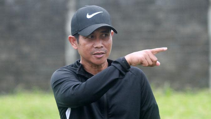 Joko Susilo, pelatih Persik. (Bola.com/Gatot Susetyo)