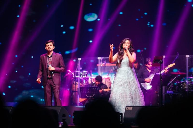 Shreya and Tushar accompanying on the duets in 'Radha' and 'Ooh La La'. ― Picture courtesy of Hitman Solutions