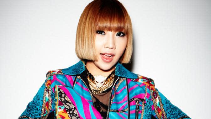 Minzy saat tergabung dalam 2NE1. (Foto: 2NE1. (YG Entertainment via: Soompi.com)