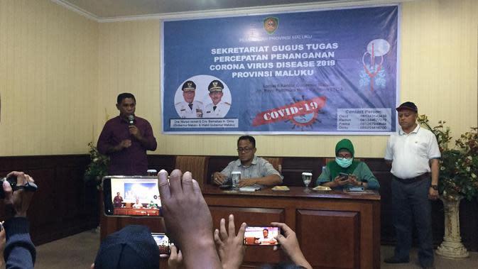 Satgas Percepatan Penanganan Covid-19 Provinsi Maluku ketika memberikan keterangan pers di Lantai 6 Kantor Gubernur Maluku, Minggu 22 Maret 2020