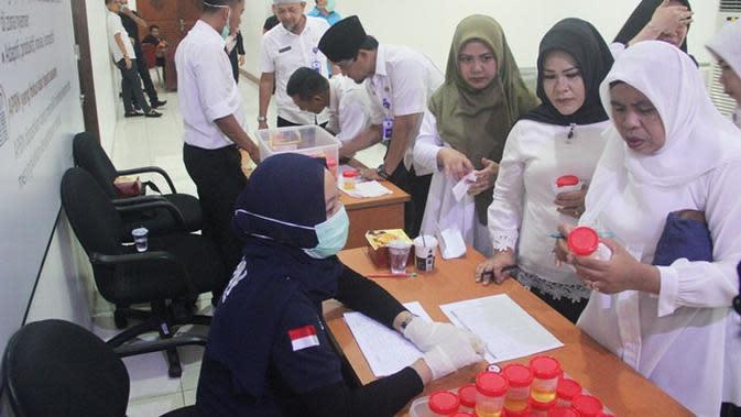 Pemprov Riau Lantik Pejabat Terbukti Konsumsi Narkoba