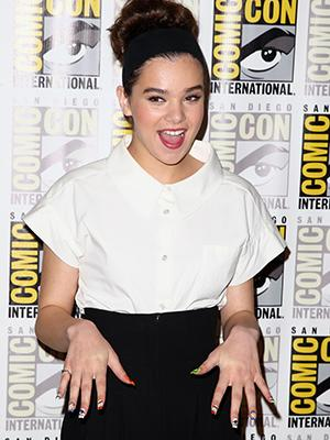 Hailee Steinfeld's Nails Get Crazy for Comic-Con