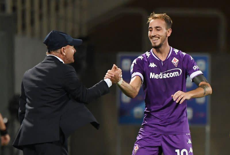 Fiorentina snatch late win in Serie A opener