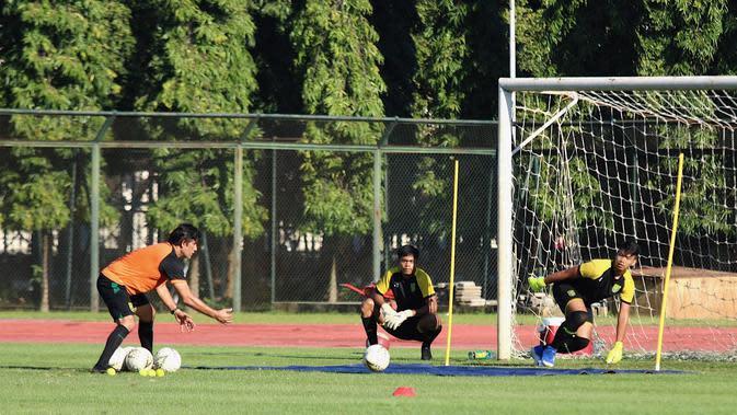 Persebaya tanpa kiper pada TC di Jogjakarta. (Bola.com/Aditya Wany)