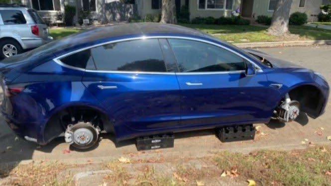Pelek Mobil Tesla Jadi Incaran Para Pencuri, Kok Bisa?