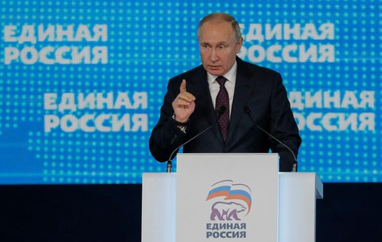 President Vladimir Putin called on United Russia delegates to take initiative rather than wait for a cue from him