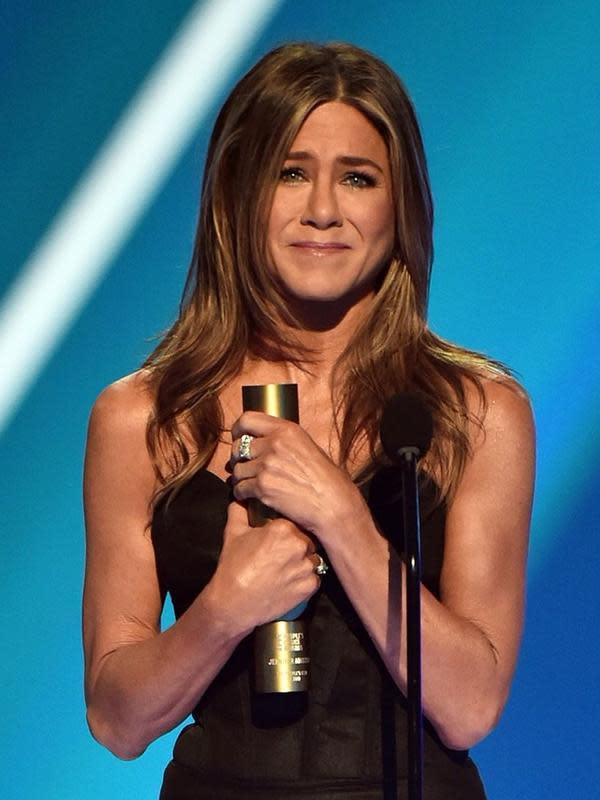 Jennifer Aniston menang di People's Choice Awards 2019 (Instagram/peopleschoice)