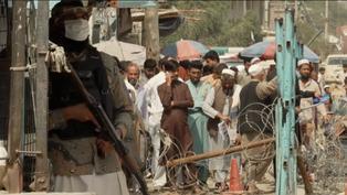 阿富汗局勢:大批難民逃往巴基斯坦,青年表示希望到西方國家求學