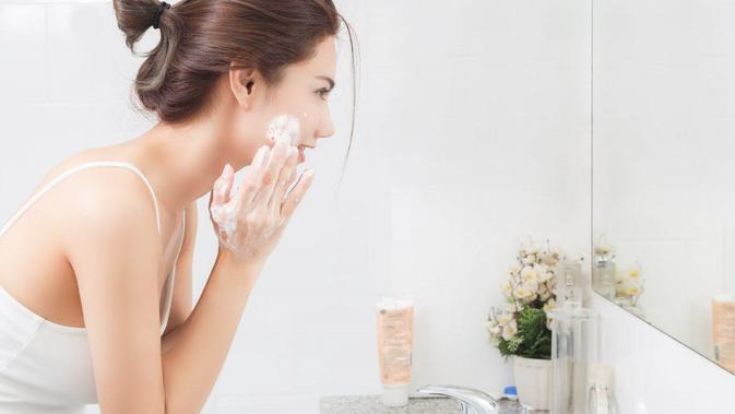 Cari Tahu Sabun Muka yang Tepat Berdasarkan Jenis Kulit