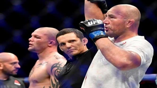 Brutalnya UFC Hari Ini, Ada yang Giginya Rontok