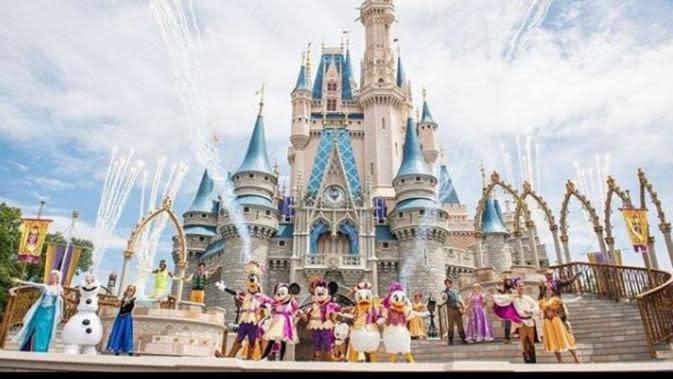 Hampir 3 Bulan Ditutup, Disneyland Siap Buka Kembali 11 Juli 2020. (dok.Instagram @disneyland.orlando.america/https://www.instagram.com/p/Bno4fiTnVWj/Henry)