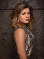 Kelly Clarkson on Her Dark Side, The Vanilla Factor, and Turning 30
