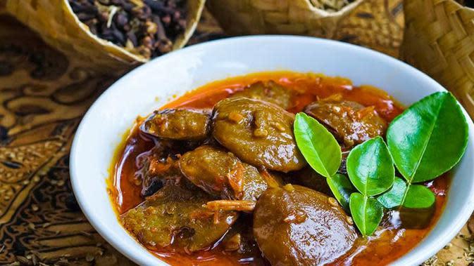 Ilustrasi Masakan Jengkol | Via: caramemasakpraktis.net