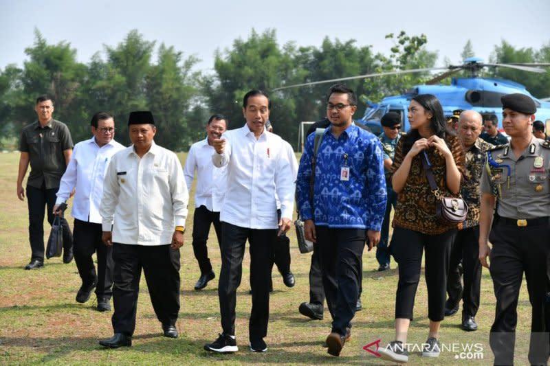 Presiden ajak dua staf khusus milenial kunjungi Patimban di Subang