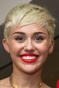 Miley Cyrus Goes Reggae On Snoop Lion's 'Ashtrays And Heartbreaks'