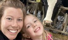 新冠疫情下美國母親的掙扎:「所有事都得靠我」