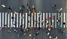 【Yahoo論壇/劉宜君】面對人口「生不如死」 善用第三人口紅利