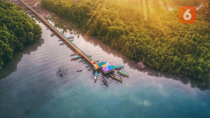 Objek wisata Kampung Pelangi Desa Olibu yang mencuri perhatian warga Gorontalo. (Liputan6.com/Arfandi Ibrahim)