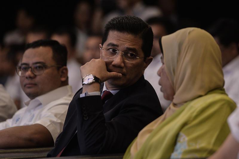 Economic Affairs Minister Datuk Seri Azmin Ali and Zuraida Kamaruddin attend the launch of Project Idaman 2019 at SUK Shah Alam June 18, 2019. — Picture by Miera Zulyana