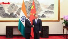 印度很靈活!王毅與印外長才達成5點共識 莫迪就與日相安倍簽軍事協議