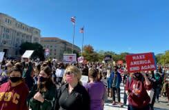 Aksi unjuk rasa anti-Trump diikuti ribuan orang di seluruh penjuru AS