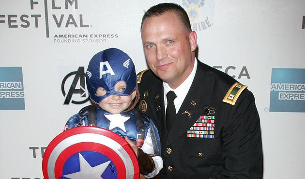Viral video father-son duo make 'Avengers' premiere