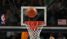 NBA火箭總經理摩瑞請辭 對球隊未來仍有信心