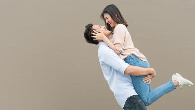 Ilustrasi Pasangan (foto: shutterstock.com)