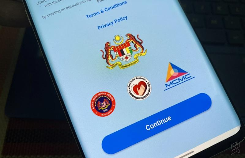 Senior Minister Datuk Seri Ismail Sabri Yaakob says the Gerak Malaysia app is no longer in use, therefore those who have to travel and can meet the criteria set must get police permission by visiting the nearest headquarters. — SoyaCincau pic