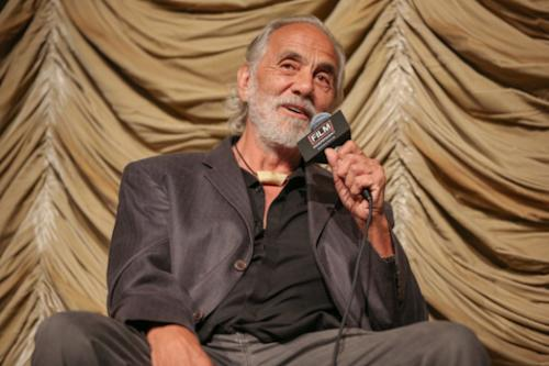 'Raising Hope' Casts Tommy Chong as Cloris Leachman's Stoner Love Interest (Exclusive)
