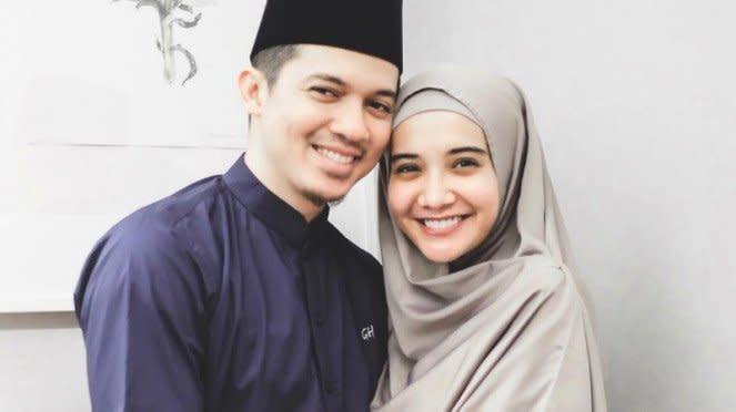 Irwansyah dan Zaskia Sungkar.