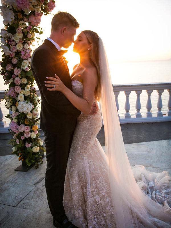 Kevin De Bruyne dan Michele Lacroix menikah. (foto: https://www.instagram.com/lacroixmichele)
