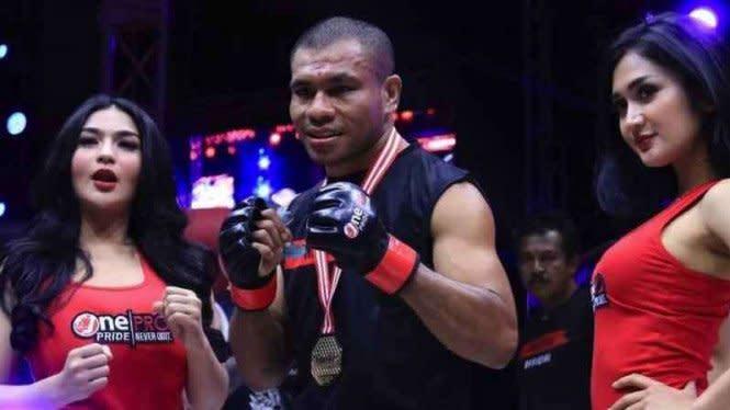 Wow, Filipus Hanya Butuh 49 Detik Habisi Rully di One Pride MMA