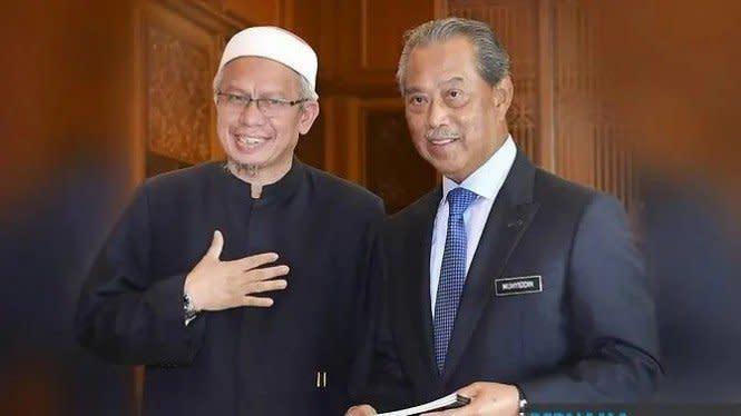 Kontak dengan Menteri Positif COVID-19, PM Malaysia Jalani Karantina