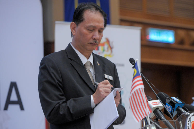 Health director-general Tan Sri Dr Noor Hisham Abdullah announced the emergence of a new Covid-19 cluster involving a local man in Penang, with two positive cases recorded as of today. — Picture by Shafwan Zaidon