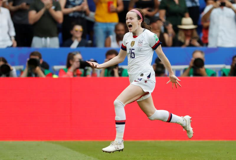 Manchester City Women complete signing of World Cup winner Lavelle