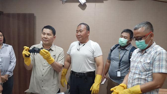 Satgas Nemangkawi Gagalkan Perdagangan Senjata Api untuk KKB