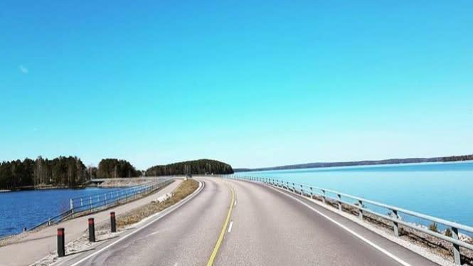 PUPR Harap Pemda Beri Nilai Tambah pada Jembatan-jembatan Nasional