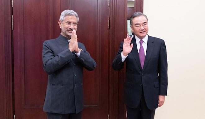 The heightened state of alert was relaxed after Chinese Foreign Minister Wang Yi met his Indian counterpart, Subrahmanyam Jaishankar, in Moscow on Friday. Photo: EPA-EFE
