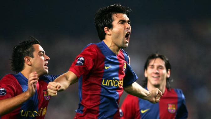 Deco - Gelandang asal Portugal ini diboyong Chelsea dari Barcelona pada musim 2010/2011 seharga 16,2 juta poundsterling. Dirinya berhasil meraih gelar juara liga domestic dua kali bersama Barca dan sekali untuk The Blues. (AFP/Lluis Gene)