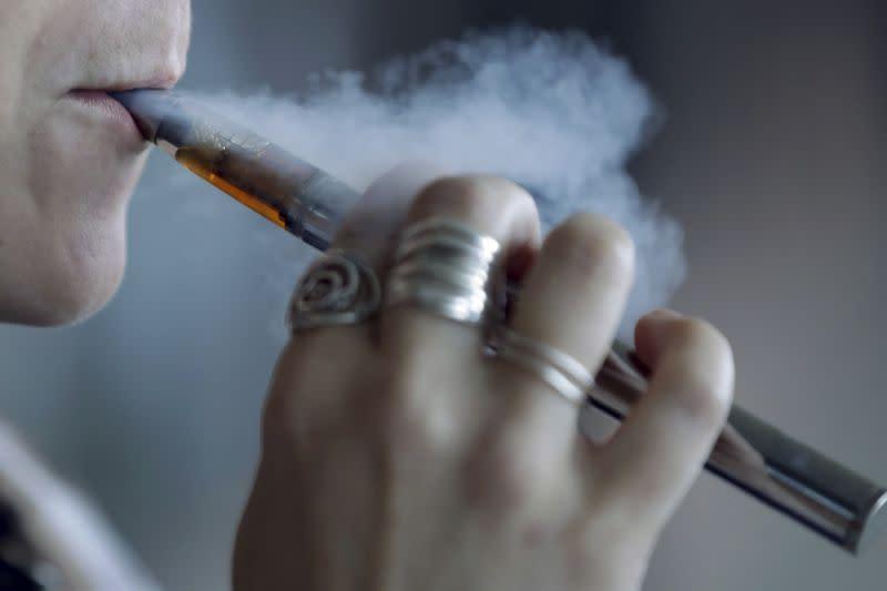 Lebih dari 2.000 di AS didiagnosis menderita wabah penyakit akibat vaping