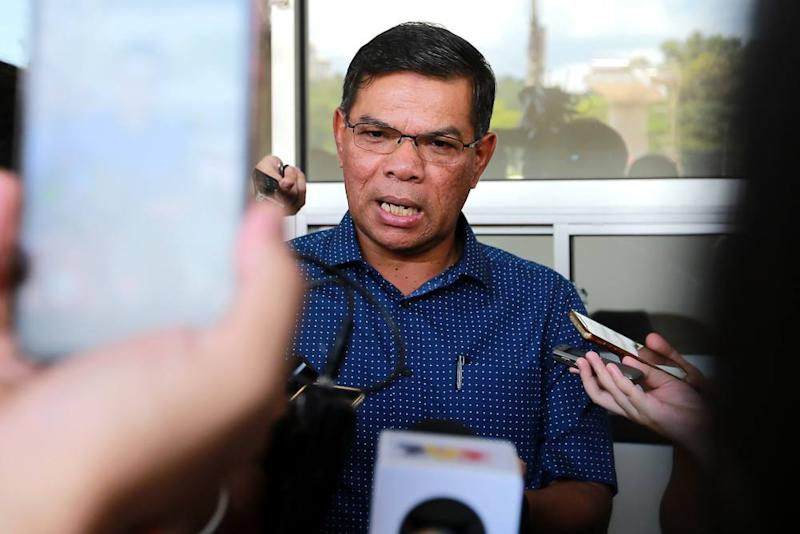 PKR secretary-general Datuk Seri Saifuddin Nasution Ismail has confirmed today that both a show-cause letter and letter of demand have been issued to party vice-president Zuraida Kamaruddin. ― Picture by Ahmad Zamzahuri