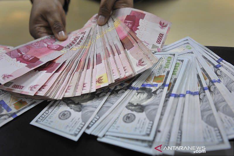 Rupiah menguat signifikan, ditopang stimulus moneter Bank Indonesia