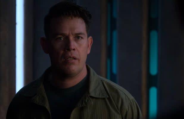 'Lucifer': Kevin Alejandro on Directing Tom Ellis Fighting Tom Ellis, Dan's Hellish Discovery