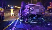 休旅車6人國道疑過彎自撞翻車 4死2傷車全毀