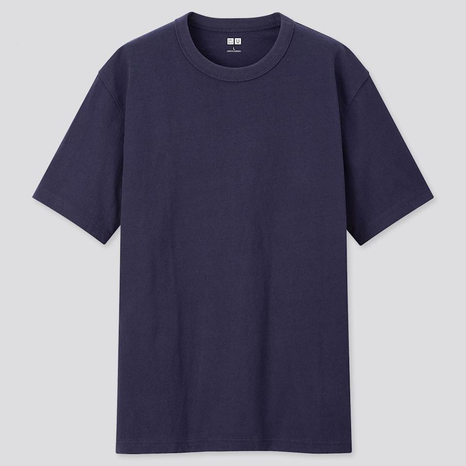 """<p><strong>UNIQLO U</strong></p><p>uniqlo.com</p><p><strong>$9.90</strong></p><p><a href=""""https://go.redirectingat.com?id=74968X1596630&url=https%3A%2F%2Fwww.uniqlo.com%2Fus%2Fen%2Fmen-u-crew-neck-short-sleeve-t-shirt-431599.html&sref=https%3A%2F%2Fwww.esquire.com%2Fstyle%2Fmens-fashion%2Fg33526805%2Ftransitional-clothing-summer-to-fall%2F"""" target=""""_blank"""">Buy</a></p><p>A heavyweight crewneck from the Christophe Lemaire-led Uniqlo U imprint of everyone's favorite clothing mega-store? Yes, you absolutely <em>should</em> stock up on options for the warm(ish) and cold(ish) months alike.<em></em></p>"""