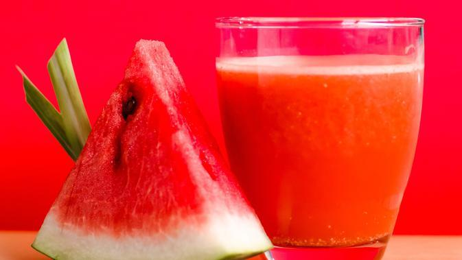 Ilustrasi jus semangka. (Foto: pexels.com)