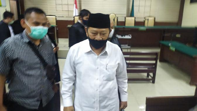 Bupati Sidoarjo nonaktif Saiful Ilah (Abah Ipul), terdakwa kasus korupsi ini divonis hukuman tiga tahun penjara. (Foto: Liputan6.com/Dian Kurniawan)