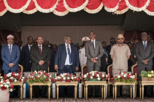 Djibouti's Ismail Omar Guelleh, Ethiopia's Abiy Ahmed, Rwanda's Paul Kagame, Sudan's Omar al-Bashir, Somalia's Mohamed Abdullahi Farmajo and African Union Commission Chairman Moussa Faki attended the inauguration ceremony